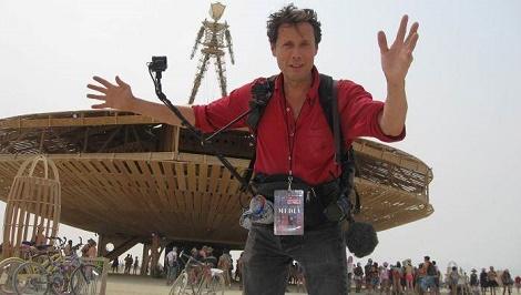 Antoine de Maximy c'est invité au festival de Burning Man dans le désert du Nevada